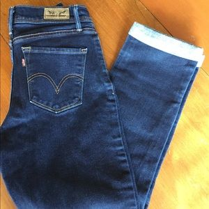 Women's Levi's Perfectly Slimming 512 jeans, sz 4